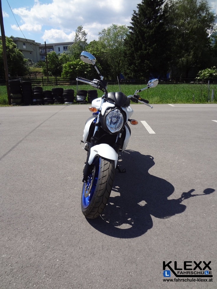 Fahrschule_innsbruck_Fahrschule_Klexx_Motorradführerschein